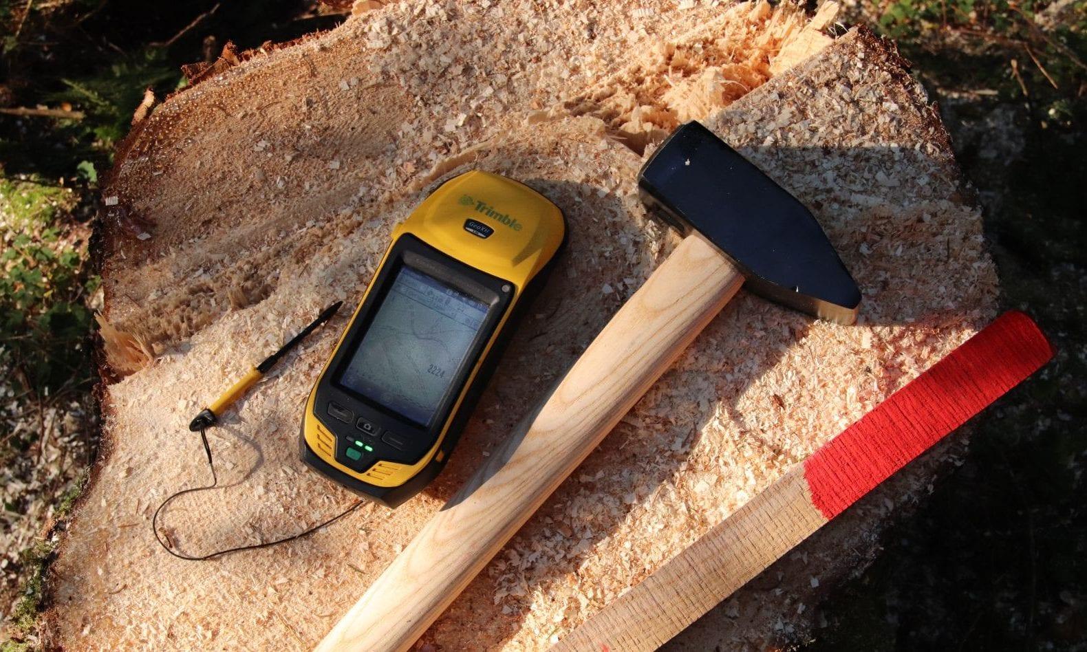 GPS-Grenzsteine suchen